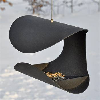 930141-bird-feeder-chair.jpg