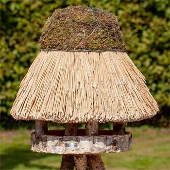 930412-1-casetta-per-uccelli-foehr-con-tetto-in-paglia-tonda-65-cm.jpg