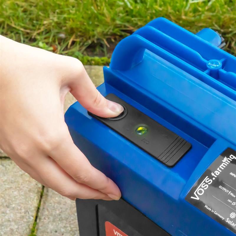 42011-11-voss.farming-extra-power-9v-9v-battery-energiser-incl-battery.jpg