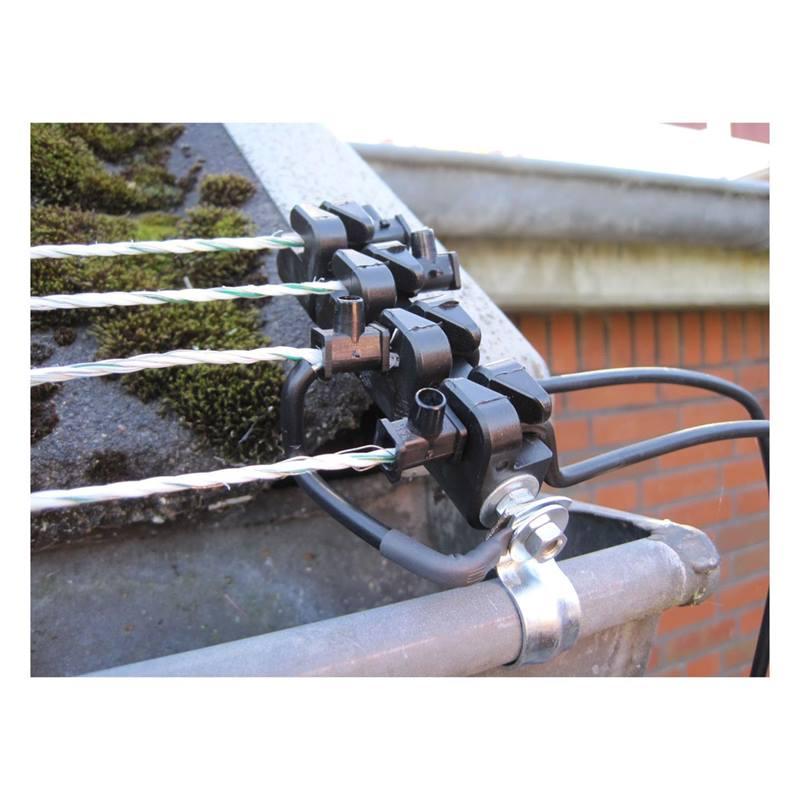 46010_5-1-5-pc-insulator-for-marten-barrier-fence-martenraccoon-control.jpg