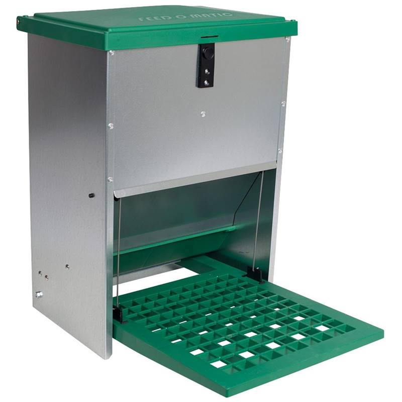 560050-feedomatic-automatic-feeder-with-pedal-for-up-to-12-kg-feed.jpg
