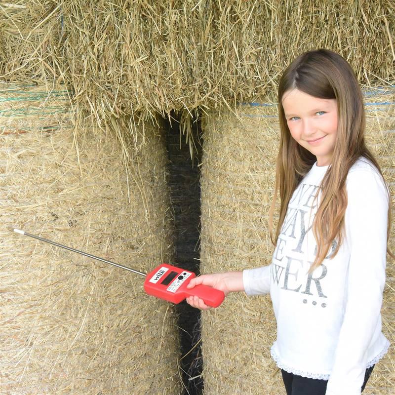 81630-2-WILE27-digital-hay-probemoisture-meter.jpg