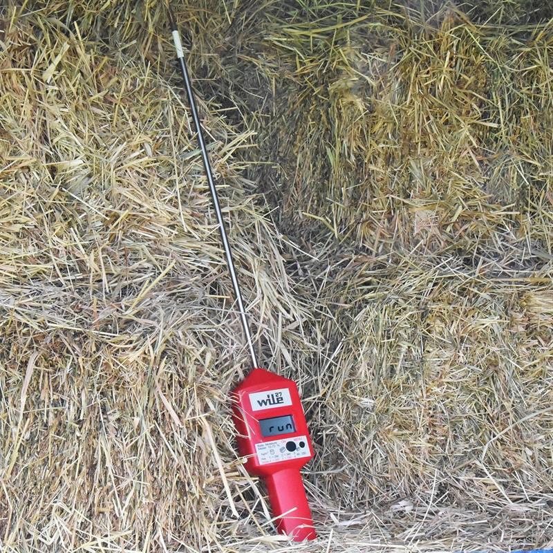 81630-8-WILE27-digital-hay-probemoisture-meter.jpg