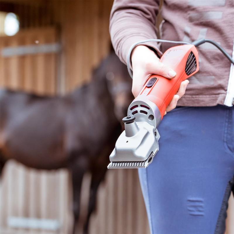 85306-10-voss.farming-proficut-horse-clippers-red.jpg
