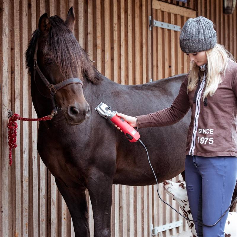 85306-8-voss.farming-proficut-horse-clippers-red.jpg
