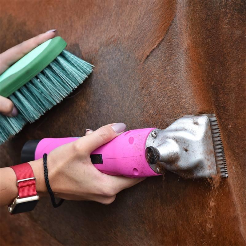 85347.uk-5-voss.farming-proficut-go-horse-clipper-cordless-battery-powered-pink.jpg