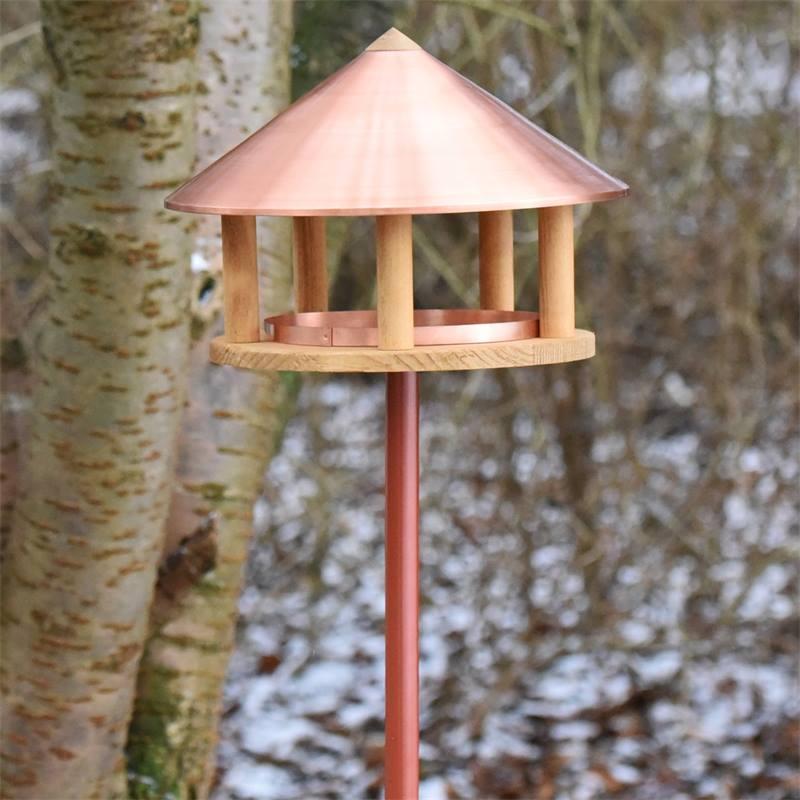 930126-2-casetta-per-uccelli-copenaghen-con-tetto-in-rame-design-danese-altezza-155-cm-con-palo-di-s
