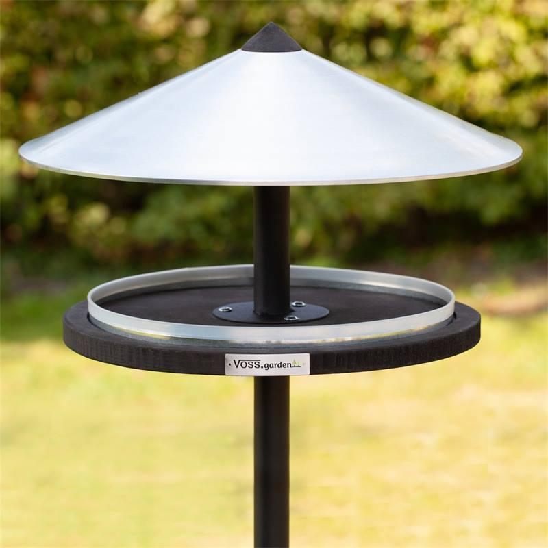 930133-1-casetta-per-uccelli-skagen-design-elegante-con-palo-di-sostegno.jpg