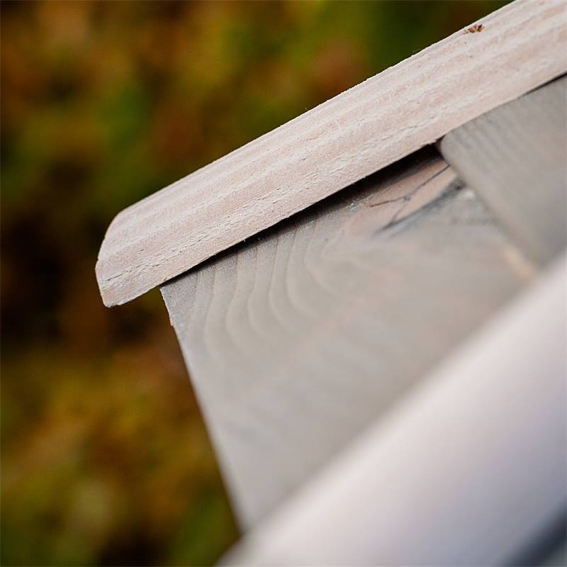 930330-10-casetta-per-uccelli-valbo-voss-garden-con-palo-di-sostegno-a-croce-bianca.jpg