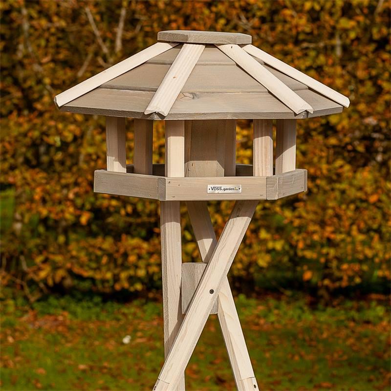 930330-12-casetta-per-uccelli-valbo-voss-garden-con-palo-di-sostegno-a-croce-bianca.jpg